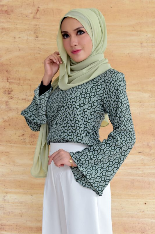 inara light green3